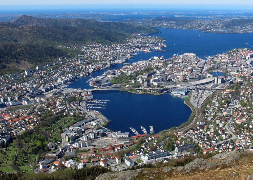 Store Lungegårdsvann sett fra Ulrikken. Foto: Christine Hvidsten, Bergen Kommune.
